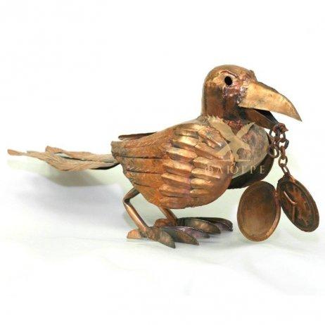 Ворона с часами